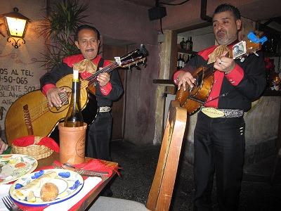 フォンダ・デ・ラ・マドゥルガーダ 生歌
