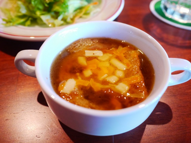 AMERICAN HOUSE BAR&GRILL(アメリカンハウス バーアンドグリル)  サラダとスープ 沙拉和汤